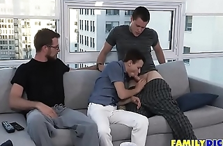 Gay Family Blowjobs In Apartment