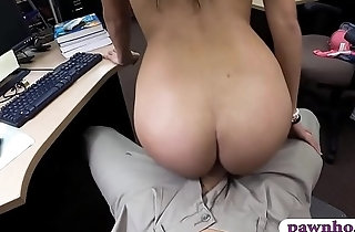 College girl gets screwed by pawn dude