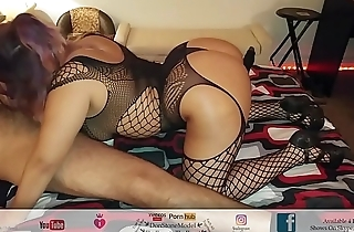 Getting Super Head By Vegas Hooker Latina With Big Juicy Ass In Heals