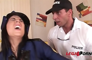 Crime scene doesn'_t stop Officer Madison Parker from hardcore ass fucking GP128