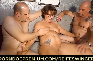 REIFE SWINGER - Chubby German granny sucks and fucks two cocks in stale threesome