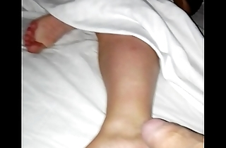 Cum on her 35yo tired, worn milf feet again