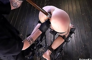 Blonde pussy and anal fucked in device