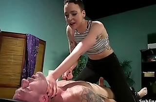 Masseuse anal fucks male in bondage