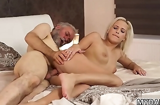Just the head blowjob Surprise your girlchum and she will fuck with