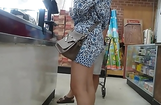Flat booty Asian milf with smooth sexy legs