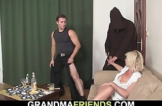 Ancient blonde mommy takes double banging