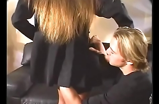 Hot brunette MILF takes cock with respect to her twat on the leather sofa