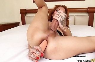 Only tranny tugging cock in lingerie